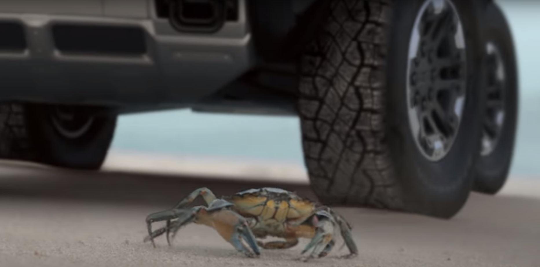 "GM Introduces Hummer EV ""Crab Mode"" | Modern Future"